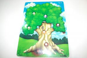 Who Lives in The Tree Double Layer Puzzle