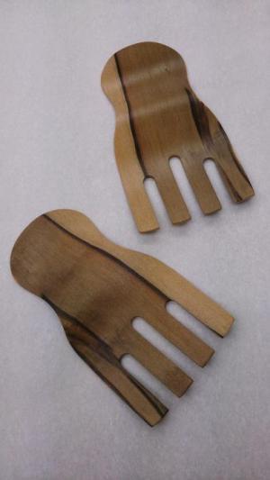 Sassafras Salad Hands