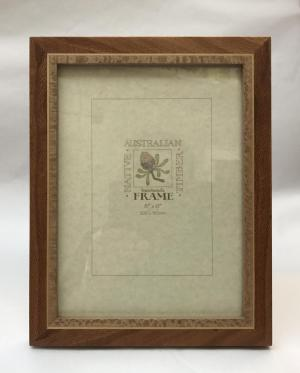 Banksia Frame